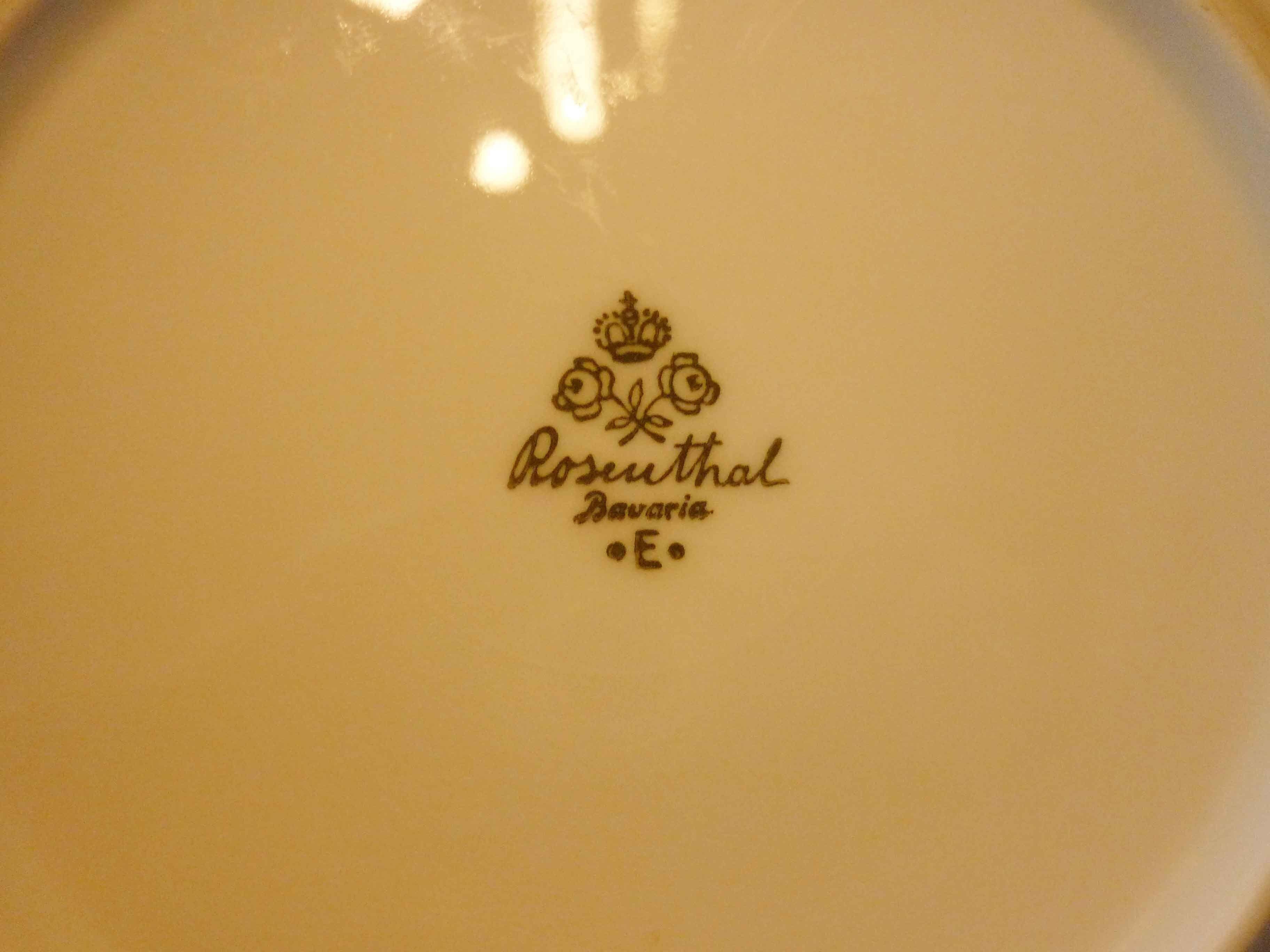 társkereső rosenthal porcelán jelek 400 kérdés, hogy megismerjék egymást,